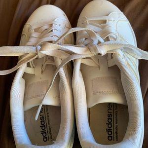 White adidas sneakers. Size 7.5